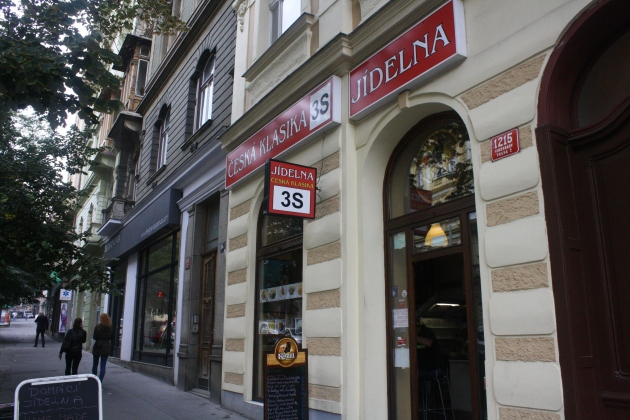 Jidelna 3S, located in Prague 2.